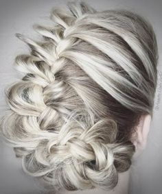 flower wedding updo for blonde ombre hair - Best New Hair Styles White Ombre Hair, Ombre Hair Color, Hair Colour, Dark Blonde Hair, Platinum Blonde Hair, Balayage Highlights, Blonde Balayage, Cabelo Ombre Hair, Peinados Pin Up