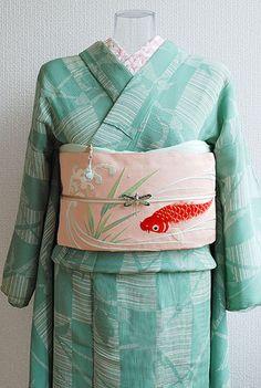 Japanese Geisha, Japanese Kimono, Yukata, Moda Kimono, Fashion Details, Love Fashion, L5r, Kimono Pattern, Japanese Textiles