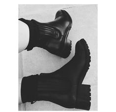 Chanel Chelsea boots, Kylie jenner