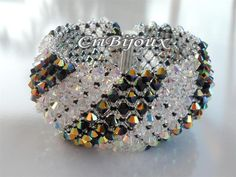 CAPRICHO BRACELET BLACK AND CRYSTAL