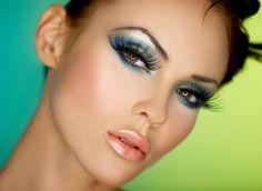 Maquiagem colorida para verão