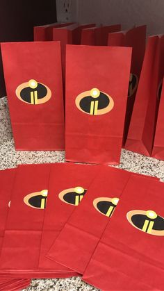 Incredibles Party Favors on Mercari 5th Birthday Party Ideas, 1st Boy Birthday, First Birthday Parties, Birthday Nails, Incredibles Birthday Party, Superhero Birthday Party, Spiderman, Batman, Rosalie