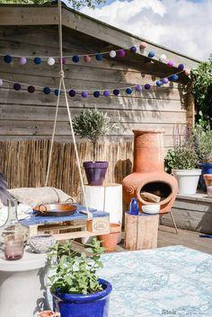 Terras in Bohemian stijl | Stek Magazine woonapp editie 05 - 2015 | Outdoors | Garden | Green | Bohemian | Terracotta
