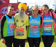 Cara Kilbey, Fauja Singh, Billi Mucklow and their friend Lulu pose for a photo during the London Marathon in April Fauja Singh, the runner - ESPN Toronto Waterfront Marathon, Fauja Singh, Running Half Marathons, First Marathon, London Marathon, Marathon Runners, Weight Training, Espn, Excercise