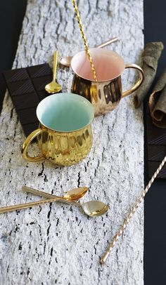 Great for green tea (or Mulled Wine) Metallic finishes are strong current trend for interiors this season with copper as the top choice. Oliver Bonus, Mulled Wine, Silver Spoons, Moscow Mule Mugs, Photography Ideas, Metallic, Copper, Rose Gold, Strong