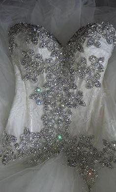 Pnina Tornai beading detail... My fav wedding designer :)