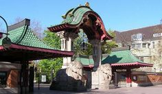 Get more information about the Berlin Zoological Garden on Hostelman.com #attraction #Germany #landmark #travel #destinations #tips #packing #ideas #budget #trips