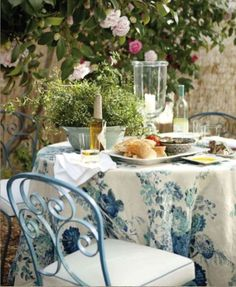 French cafe outdoor dining #patio