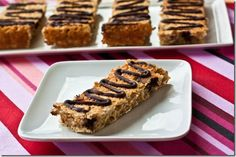 """Chocolate Chip """"Zee"""" bars - want to try to sub apple to make the (discontinued) apple version"""
