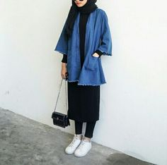 27 ideas for style hijab kulot jeans – Hijab Fashion 2020 Modern Hijab Fashion, Street Hijab Fashion, Hijab Fashion Inspiration, Muslim Fashion, Modest Fashion, Trendy Fashion, Fashion Outfits, Fashion Clothes, Sneakers Fashion