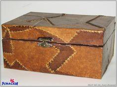 Decoración de caja con filtros de café por Caty. #manualidades #pinacam #madera #cajas #bandejas www.manualidadespinacam.com