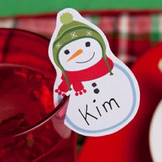 Stemless is all the rage- here's an alternative to wine charms: Christmas Placecards