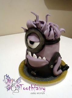 """evil minion"" cake"