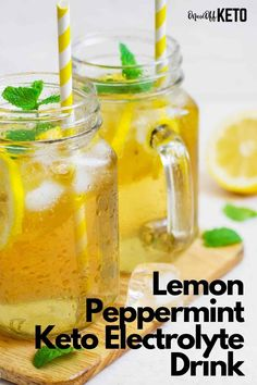 This delicious keto electrolyte drink is made with lemon and peppermint tea and can be had warm as a keto tea or cold as a refreshing keto electrolyte water. Sip it throughout the day to help alleviate the keto flu symptoms and replenish your electrolytes after a workout. #ketoflu #electrolytedrink Banting Recipes, Low Carb Recipes, Healthy Recipes, Drink Recipes, Keto Electrolyte Drink, Keto Electrolytes, Peppermint Tea, Keto Drink, Food Journal