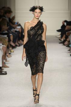 Marchesa at New York Fashion Week Spring 2016 - Livingly