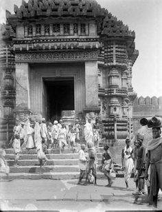 Rare Photos of India from the British Raj Era, Part Two share-board History Of India, Asian History, British History, Black History, Tudor History, Vintage India, Temple Architecture, Historical Architecture, Jaisalmer