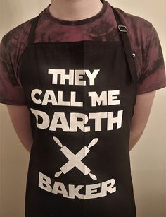 Ideal for Star Wars fans who love cooking, BBQs or baking. Aprons For Men, For Stars, Fans, Star Wars, Baking, Shirts, Women, Fashion, Bread Making