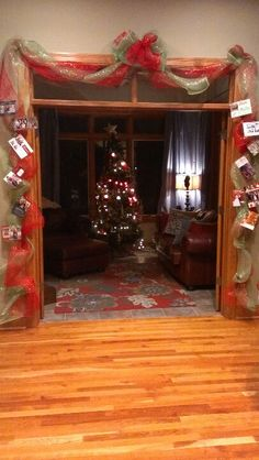 Christmas Card Display. Now I Can Look At Both Sides Of The
