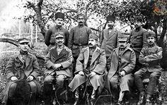 """""""Büyük Taarruz"""" sonrasında esir alınan Yunan ordusu komutanları, 1922.."""