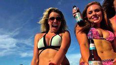 Liebhaber von frisch gebrautem #Bier und kleinen, feinen #Rum- oder Whiskybrennereien finden auf der Inselkette der #Florida Keys südlich von #Miami ein reichhaltiges Angebot an lokalen, handwerklich erstklassigen und innovativen Betrieben. Florida Keys, Rum, Bikinis, Swimwear, Miami, Fashion, Barrel, Canada, America