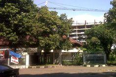 Gedung Wanita Kota Cirebon Jalan Pemuda, Kecamatan Kesambi Cirebon, Jawa Barat, Indonesia. photo cp 19 Juli 2014