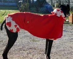 Mantella di lana, con pile a cuori per cani freddolosi
