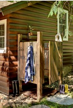 Cabin Outdoor shower