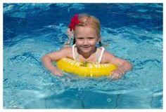 Koło do nauki pływania Swimtrainer Classic 20 - 36 kg Zapewnij swojemu Dziecku bezpieczną naukę pływania!