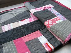 Beautiful hand quilting!