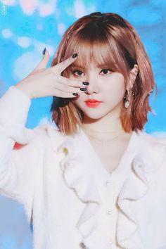 South Korean Girls, Korean Girl Groups, Inauguration Ceremony, Jung Eun Bi, Maid Cosplay, Daejeon, G Friend, Pretty And Cute, Dance Videos
