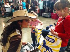 Northwest horse fair and expo. Great opportunities to meet the next generation of rodeo enthusiasts and work with sponsors! Rodeo Queen, Cowgirls, Panama Hat, Oregon, Horse, Meet, Fun, Outfits, Fashion