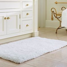 """Buy Norcho Soft Microfiber Non-slip Antibacterial Rubber Luxury Bath Mat Rug 31""""x19"""" White - Reviewhomkit.com ✓ FREE DELIVERY possible on eligible purchases"""