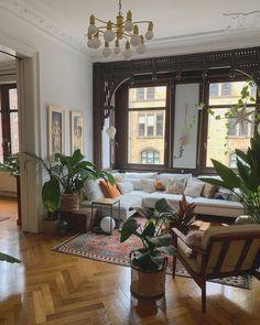 Boho Living Room, Home And Living, Living Spaces, Modern Living, Dog Spaces, Living Room Styles, Bohemian Living, Clean Living, Living Room Paint