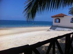 Zanzibar travel, beaches and Food. Travellers Inn Restaurant