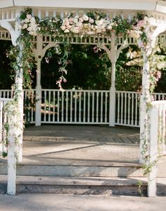 We have a gazebo at our venue I'd love to have flowers going down the whole opening