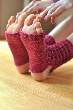 Donna's Yoga Socks - Knitting Patterns and Crochet Patterns from KnitPicks.com