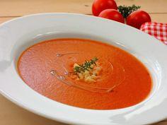 Rajská polévka z čerstvých rajčat Thai Red Curry, Cooking, Menu, Ethnic Recipes, Foods, Kitchen, Menu Board Design, Food Food, Food Items