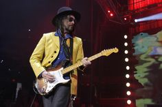 Tom Petty and the Heartbreakers, featuring Mike Campbell, performed at Tampa's Amalie Arena on May 6, 2017.