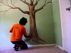 painting a tree mural with a sponge part 2