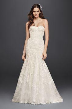 My New Favorite! www.davidsbridal.com/10713481