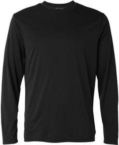Esto es una camisa de manga larga para ser usado para el ocio. Esta camiseta te mantiene caliente, se ajusta bien y es cómodo. La marca de la camisa se llama Campeón y hacen mucha ropa populares.