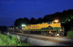 RailPictures.Net Photo: NS 1067 Norfolk Southern EMD SD70ACe at Laurel, Tennessee by RailfanTerry