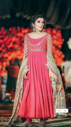Stylish Dress Designs, Stylish Dresses, Nice Dresses, Awesome Dresses, Pakistani Fancy Dresses, Pakistani Fashion Party Wear, Pakistani Suits, Wedding Dresses For Girls, Party Wear Dresses