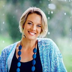 This amazing woman (who I'm super grateful to be coaching) is Kate Cashman of @thebreathbetween. Kate is a rest and renewal coach speaker and events coordinator. Her passion is to help people find ways to feel truly restored and re-energised by their life outside of work. ... She has just recently launched a stunning new website which has ka really great free guide about slowing down and re-energising. ... I really feel this is such important work in our crazy fast teched up world where our…