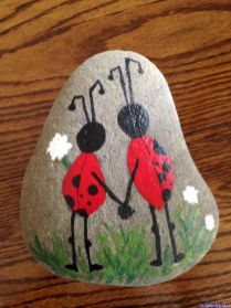 060 Cute Painted Rock Ideas for Garden