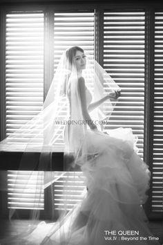 The Queen Vol.IV : Beyond The Time 29.jpg weddingritz.com