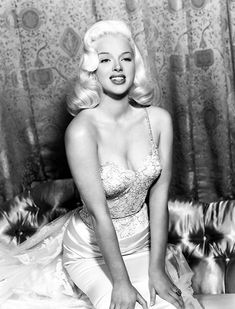 Diana Dors Canvas Art - x Image 1 of 1 Old Hollywood Glamour, Vintage Glamour, Vintage Hollywood, Vintage Beauty, Classic Hollywood, Classic Actresses, British Actresses, Hollywood Actresses, Diana Dors