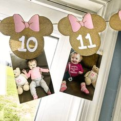When your baby girl turns one a Minnie Mouse first birthday is the perfect party theme! Check out this Feature Friday to see real parties done by real moms! Mini Mouse First Birthday, Minnie Mouse Birthday Decorations, 1st Birthday Party For Girls, Girl Birthday Themes, Mickey Birthday, Birthday Crafts, Birthday Ideas, Decoration Minnie, Foto Banner