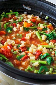 Crock Pot Minestrone | 21 Vegetarian Dump Dinners You Can Make In A Crock Pot
