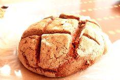 Neden çavdar ekmeği?  Son zamanlarda adını sıkça duyduğum çavdarı bir de ben araştırdım ve bunları buldum;   Çavdarın Faydaları;   Bol li...